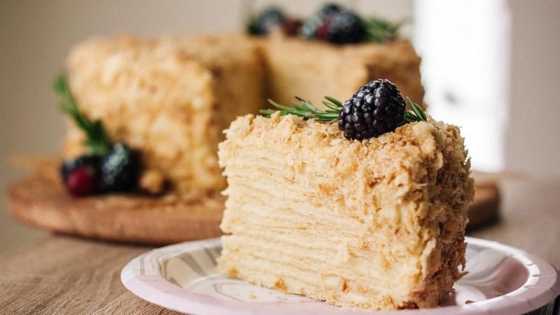 В «Росконтроле» назвали лучшие ихудшие торты «Наполеон»