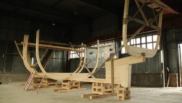 В Архангельске стартовало строительство поморского коча