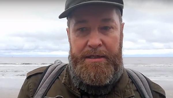 На фото: северодвинский эколог Алексей Климов