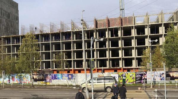 Ход строительства второй очереди новостройки «Уют Парк» в Архангельске