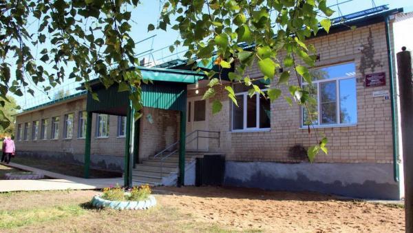 Школа после ремонта в поселке Ирта