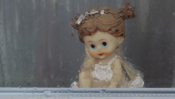 В Архангельской области пятый за май ребёнок выпал из окна