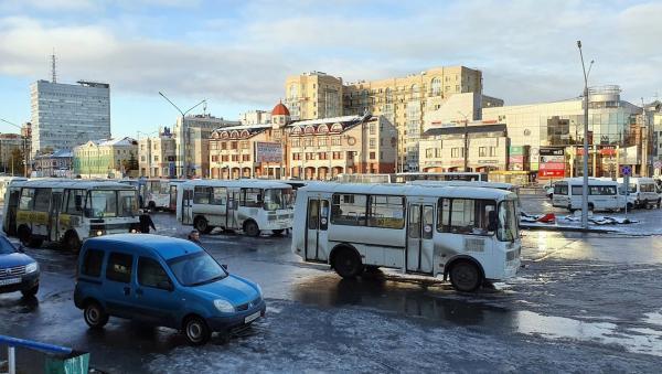В Архангельске обнародовали график работы автобусов в канун Нового года
