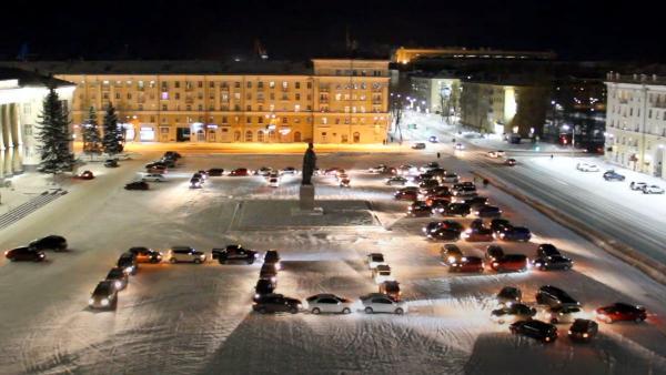 Видео: на главной площади Северодвинска прошел автомобильный флешмоб к 23 февраля