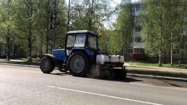Дороги в пыли: подрядчика ждет штраф за плохую уборку архангельских улиц